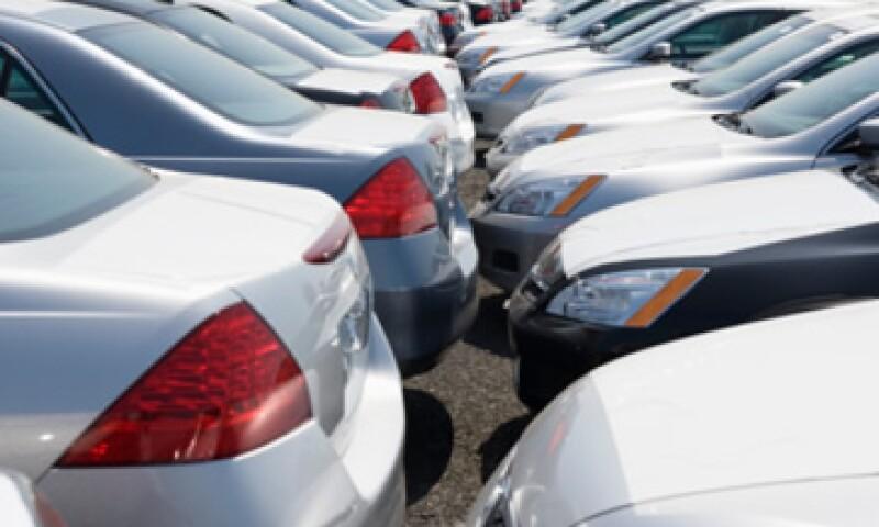 México puede exportar autos a Estados Unidos por el Tratado de Libre Comercio de América del Norte. (Foto: Thinkstock)