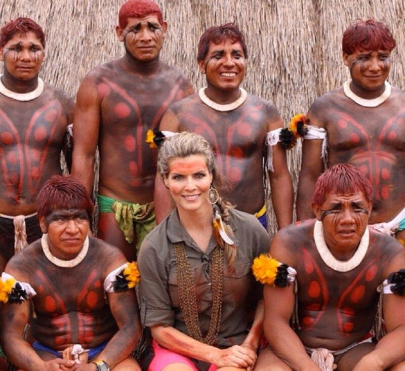 La conductora convivió con la tribu Xingú en su viaje por Brasil.