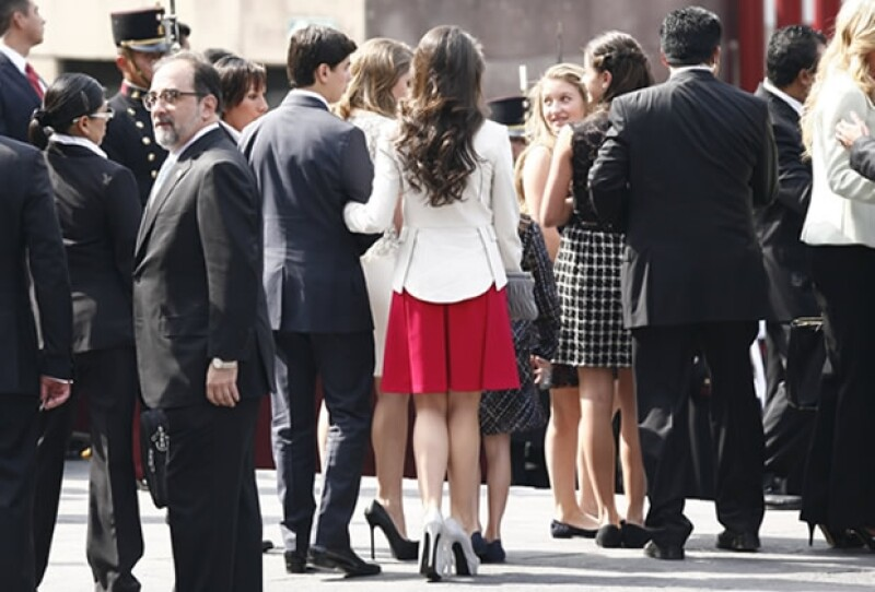 Arreglados de pies a cabeza, con looks diferentes pero todos elegantes, es como lucieron Paulina, Alejandro y Nicole Peña y Sofía, Fernanda y Regina Castro.