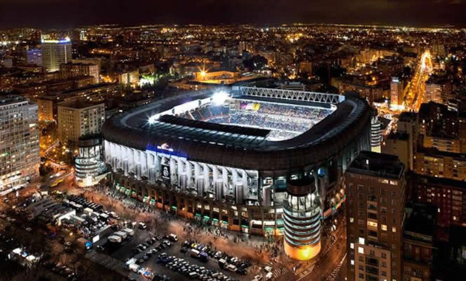 Los boletos para el estadio en un partido regular van desde los 28 a los 145 euros; mientras que en la zona VIP van de los 225 a los 400 euros.