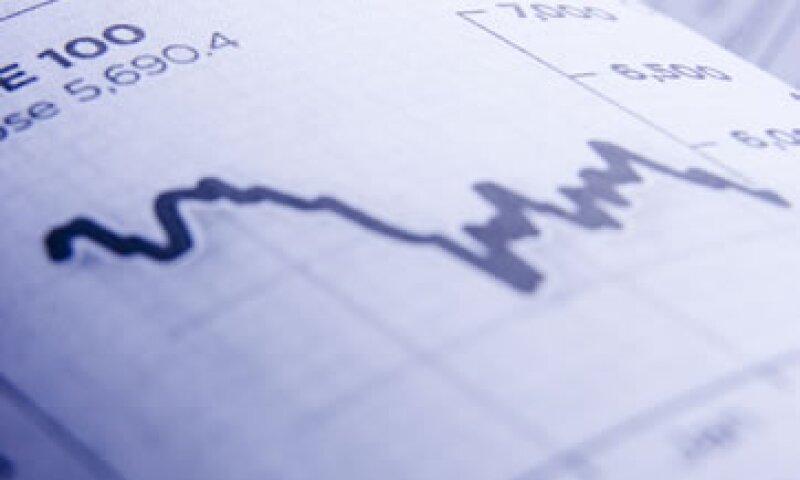 En un reporte de octubre, la OCDE recortó su estimación de crecimiento para EU y Europa. (Foto: Thinkstock)