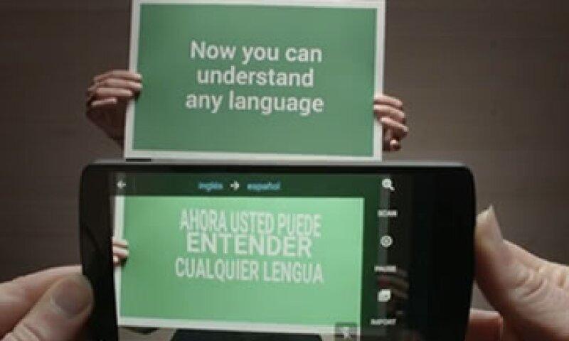 Será suficiente con enfocar un aviso para recibir la traducción automática. (Foto: Cortesía Google)