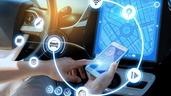 Automóvil equipado con sistemas de localización