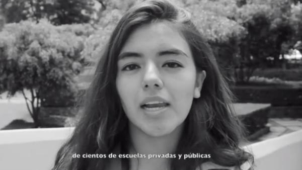 Video. Compañeros y estudiantes se sumaron a la demanda de justicia.