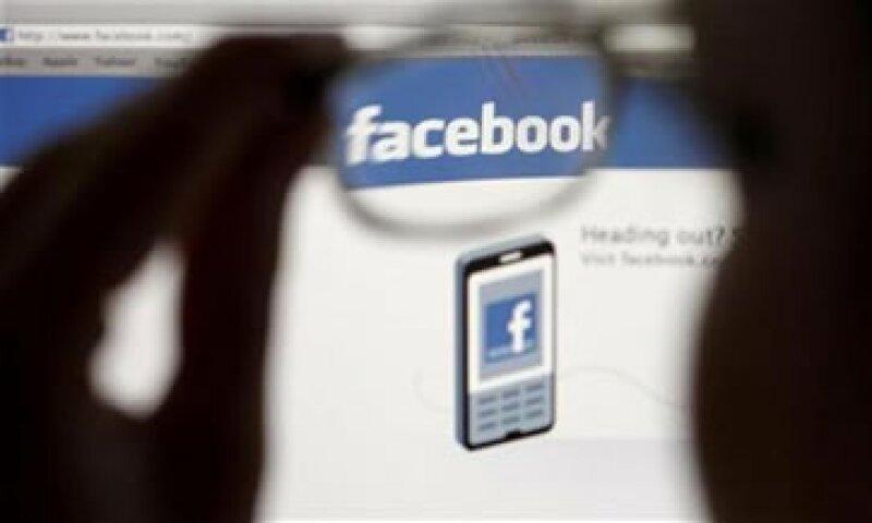 La compra de Opera mejoraría la capacidad de Facebook de conseguir avisos para su plataforma móvil. (Foto: Reuters)