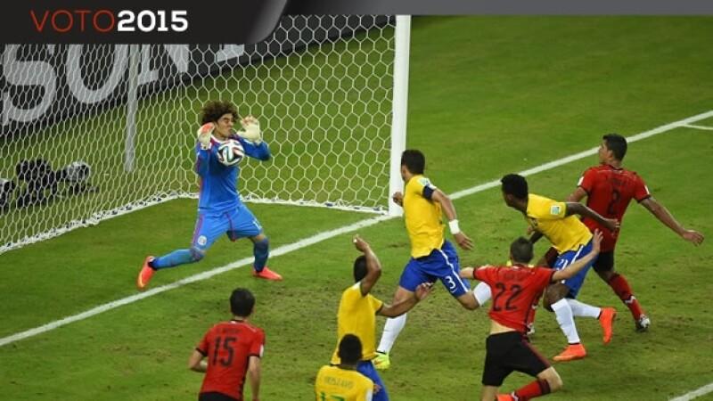 En junio de 2014, Guillermo Ochoa tuvo una destacada actuación ante Brasil en el Mundial para ayudar a que México empatará a 0