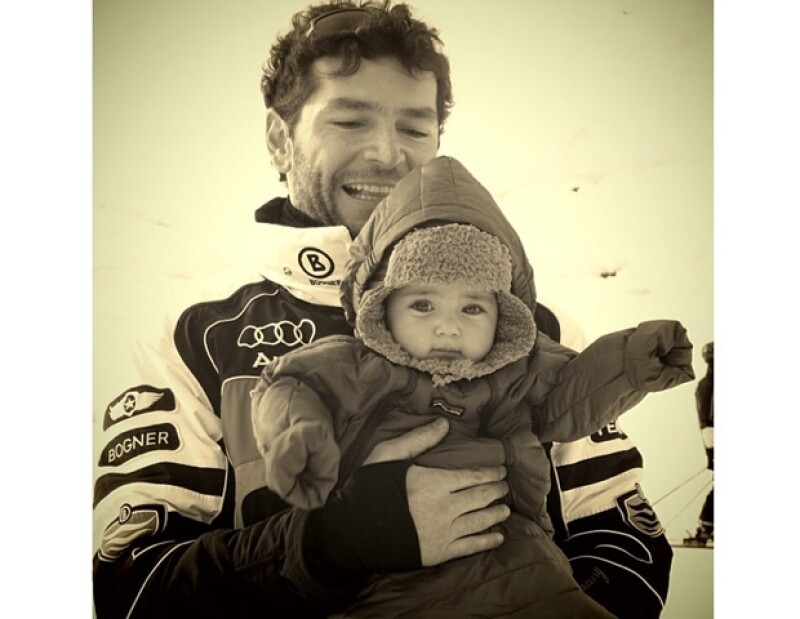 Martín con su pequeña Jackita.