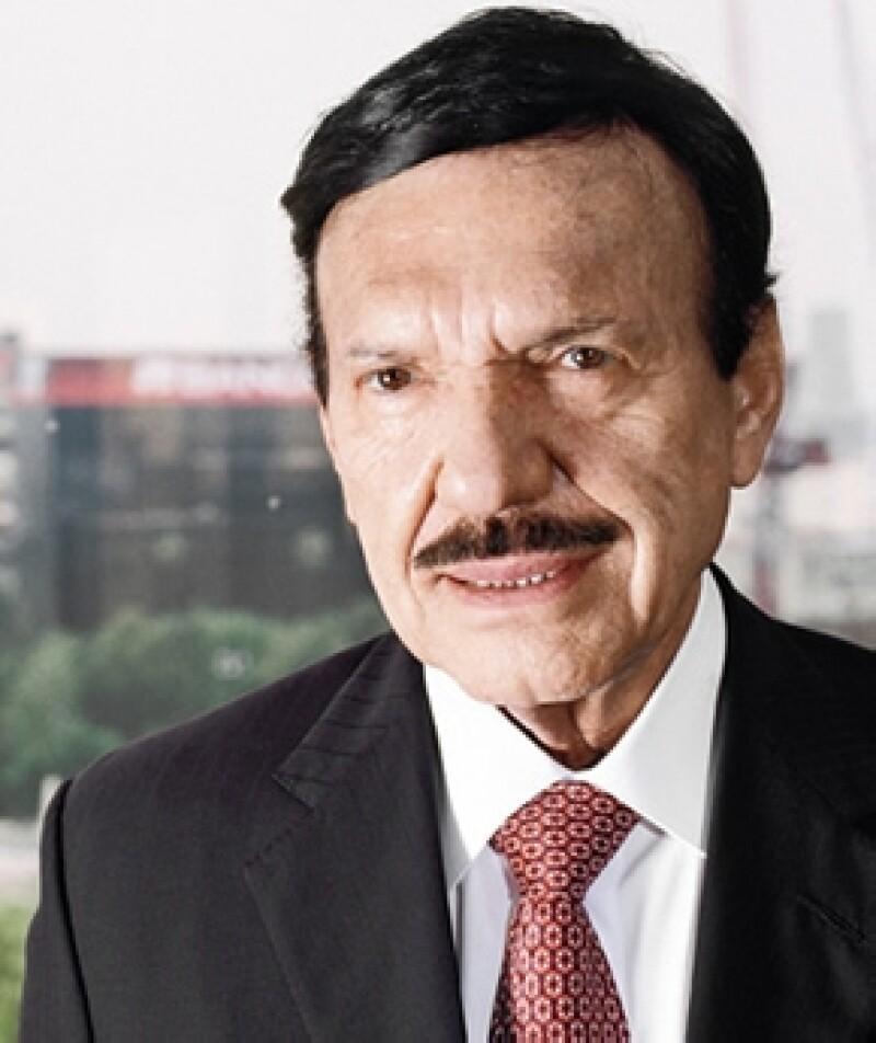 Con Gruma, el fallecido empresario y su padre transformaron la forma de hacer y vender tortillas; en 1992 adquirió Banorte, hoy en día el mayor banco mexicano en manos de accionistas locales.