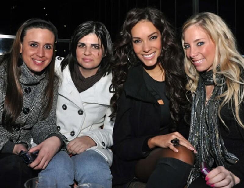 Elizabeth Iturralde, Karla Álvez, Carolina Morán y Lorena Dominguez. (Foto: Luis Ortiz
