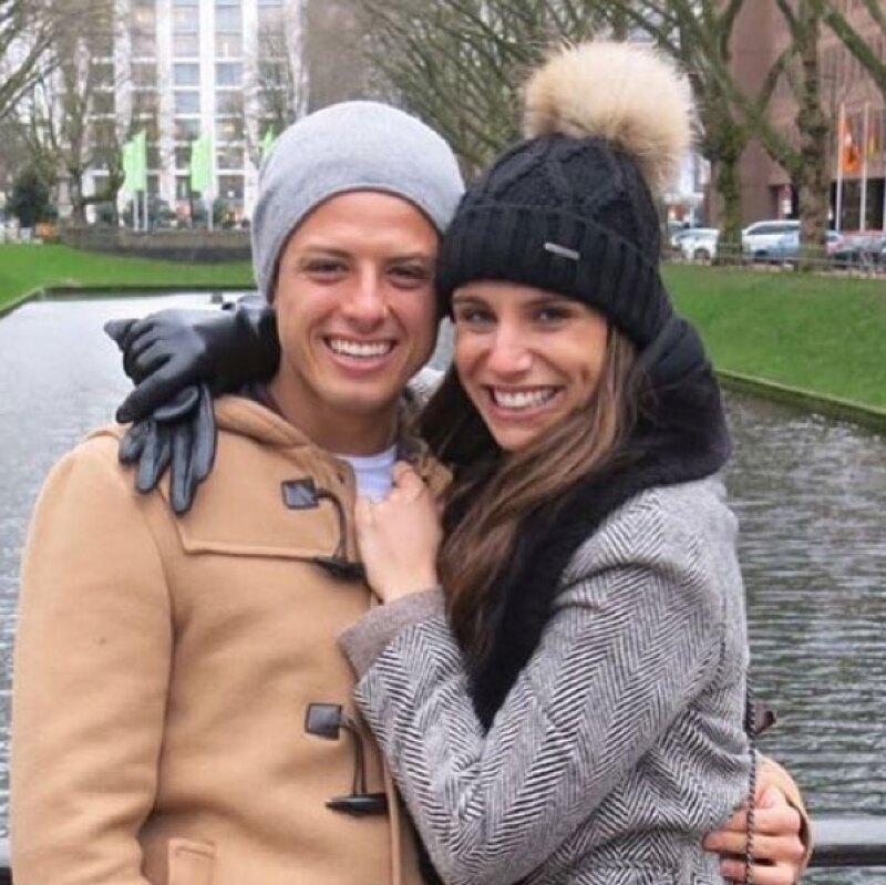 El amor entre la pareja continúa y lo demuestran con un PDA compartido en Instagram en donde la reportera expresa lo mucho que extraña al futbolista.