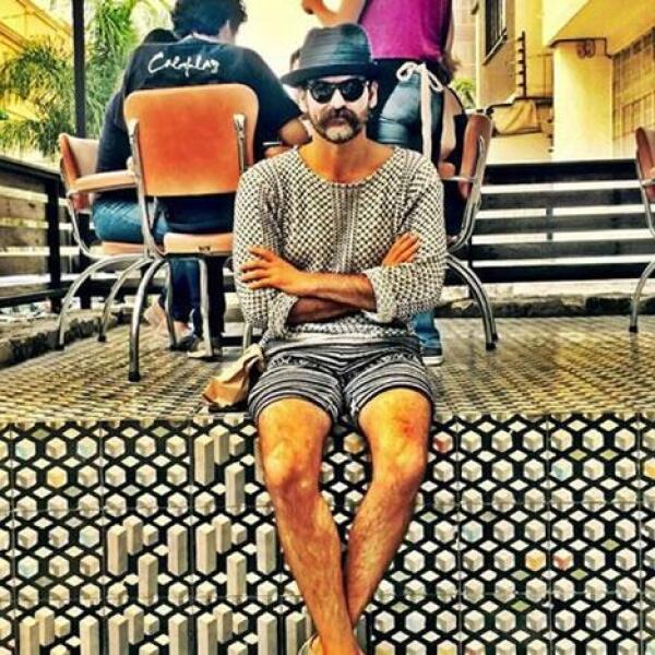 Óscar Naveja - Y por último, no podía faltar el famoso Bigote de Oscar Naveja, quien se distingue por sus looks extravagantes.