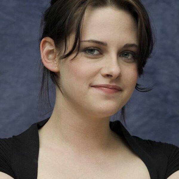 Kristen Stewart nació en Los Ángeles, California, el 9 de abril de 1990.