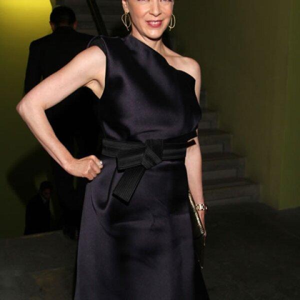 Edith González, una de las mexicanas cuya edad no importa pues continúa viéndose súper elegante y hot.