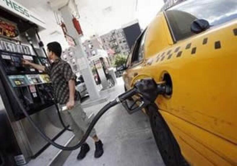 Los precios de la gasolina subieron un 17.3% en junio, el mayor aumento desde septiembre del 2005. (Foto: Reuters)