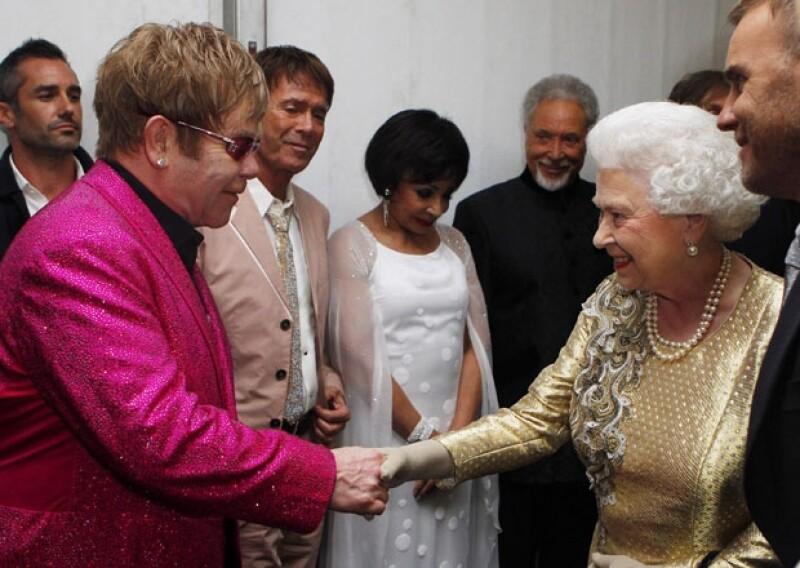 Elton John ha tenido el honor de participar en varios eventos para la realeza británica, gracias a su trayectoria y cariño de la gente. (Foto: Getty Images
