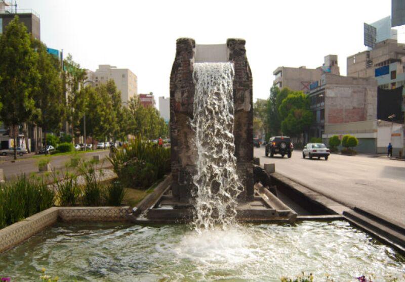 Avenida Chapultepec, Sevilla, Fuente