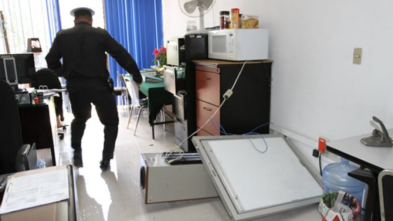 El temblor provocó daños en estructuras de algunos edificios y la caída de mobiliario.