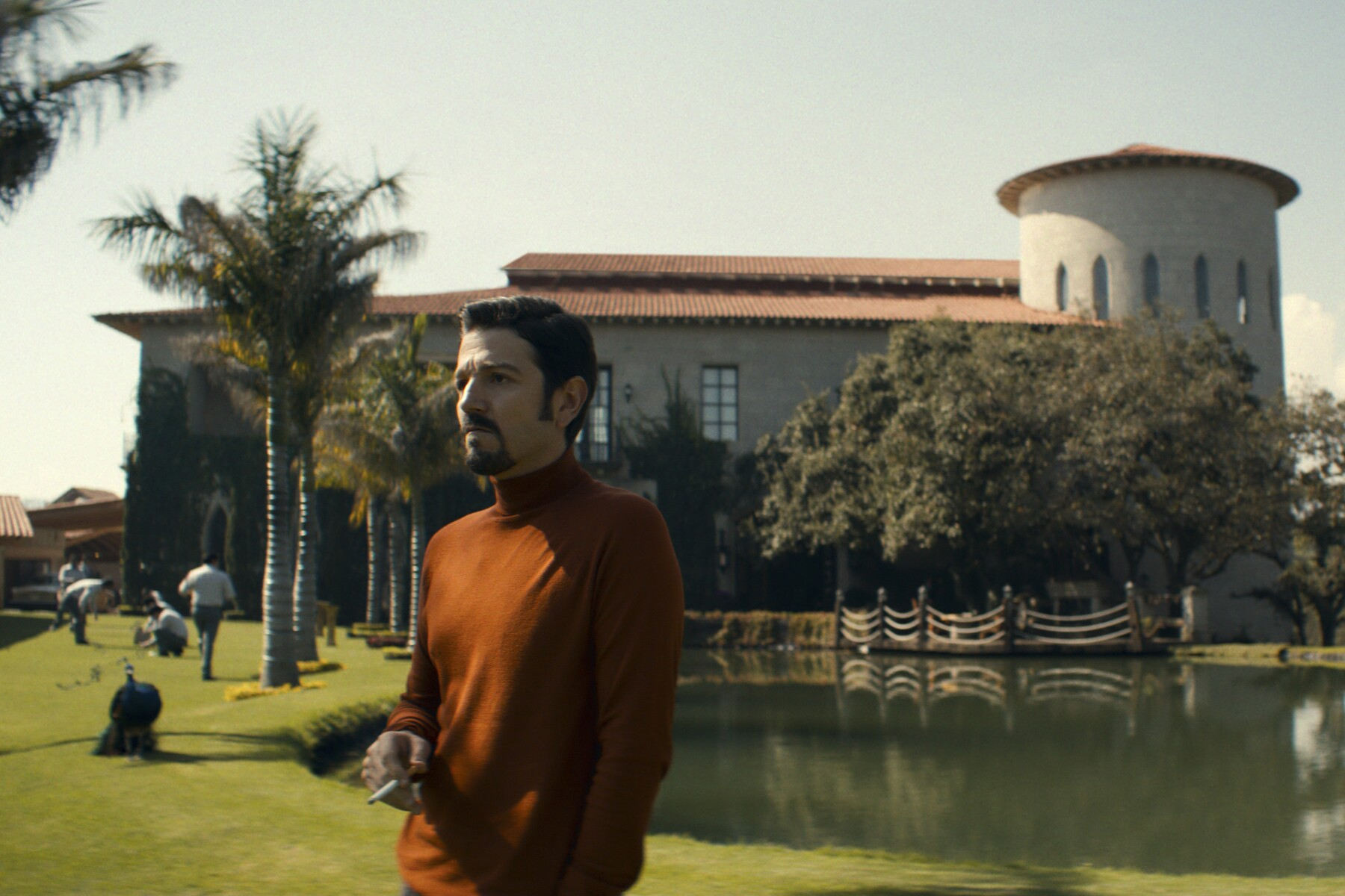 La segunda temporada de Narcos México estrena el 14 de febrero en Netflix.