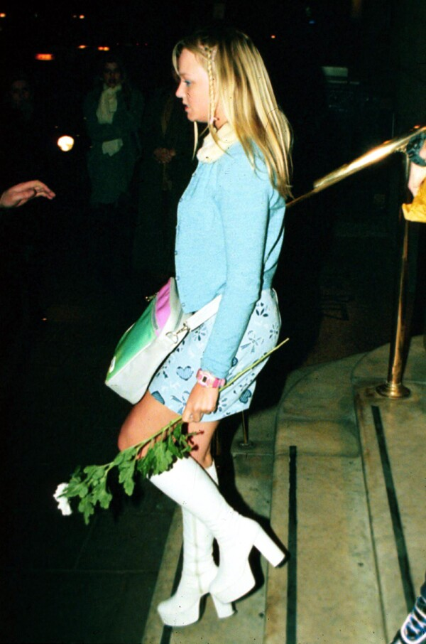 SPICE GIRLS LEAVING RITZ HOTEL, LONDON, BRITAIN - 1996