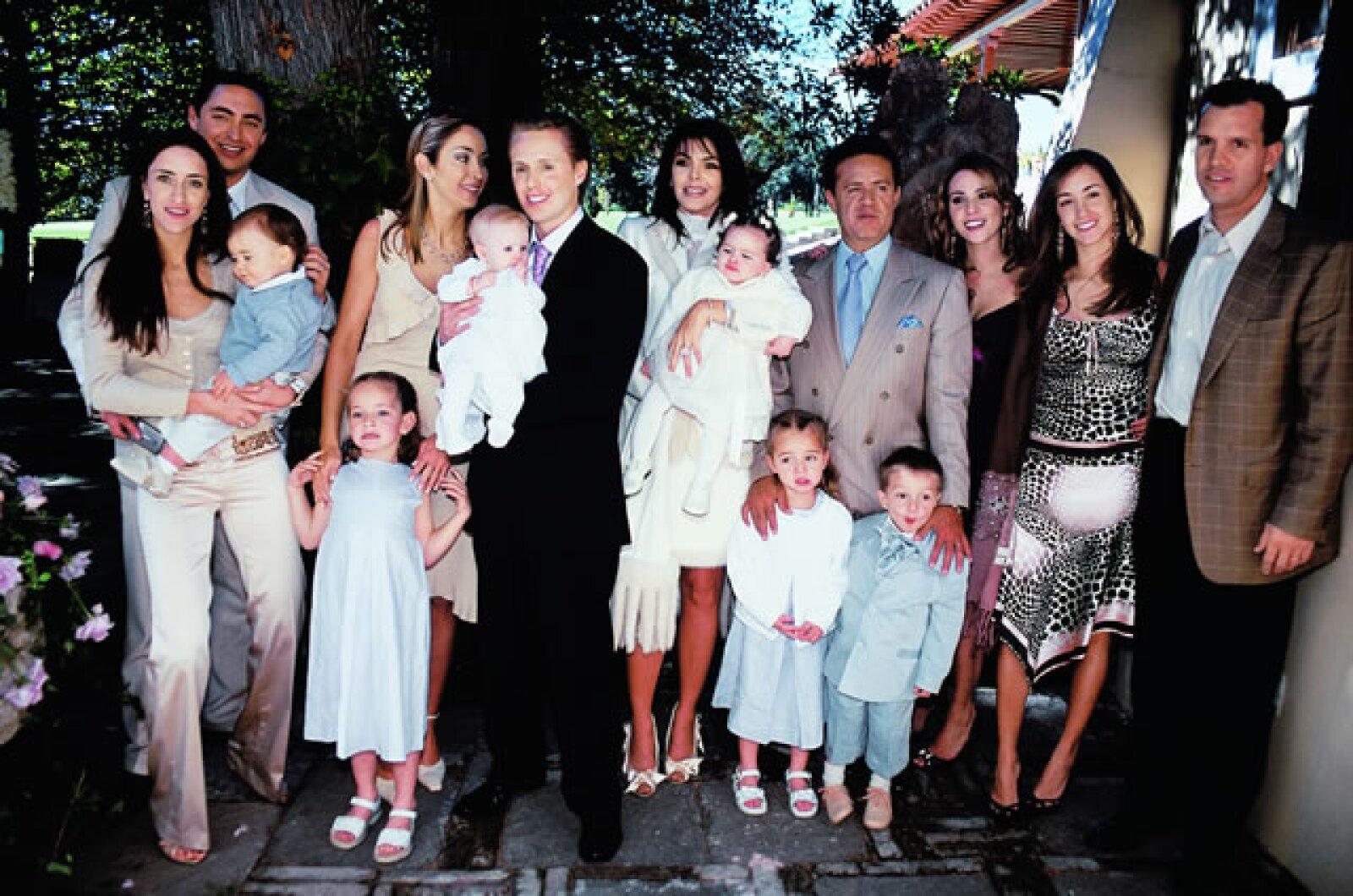 Aquí el día que bautizaron a Loreto, sus papás Greta Jacobson y Juan Carlos Peralta, hace casi 8 años.