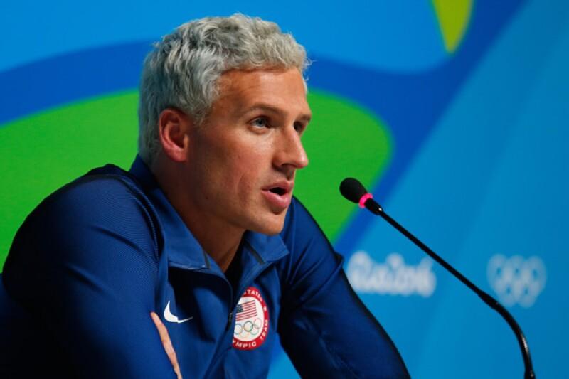 El representante de Estados Unidos, Ryan Lochte aseguró que él y otros tres de sus compañeros fueron víctimas de la delincuencia.
