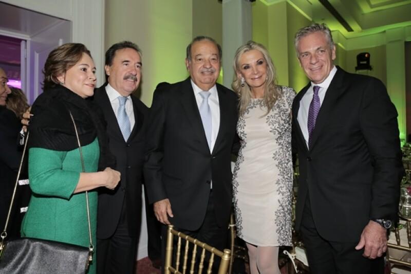 Con María Angélica Gamboa, Gina Diez Barroso y Abraham Franklin.