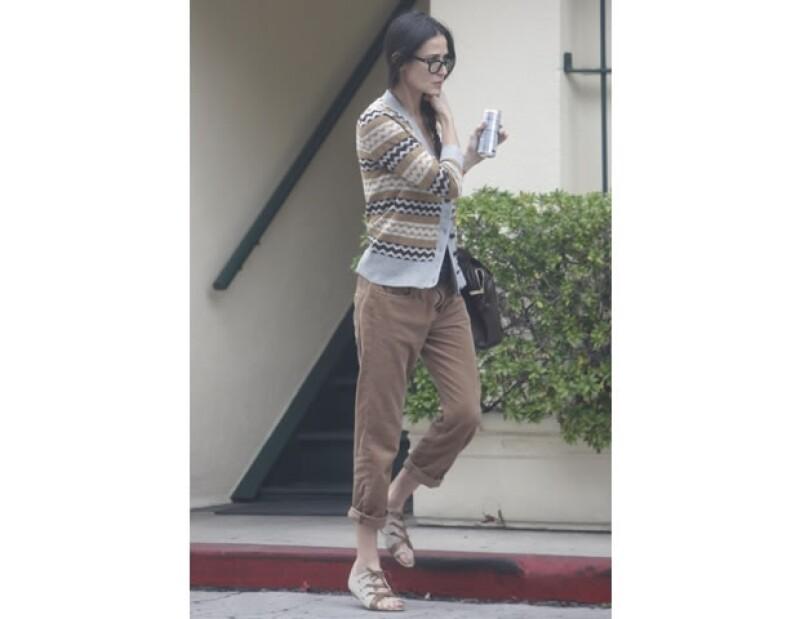Demi Moore cada día se ve más delgada.