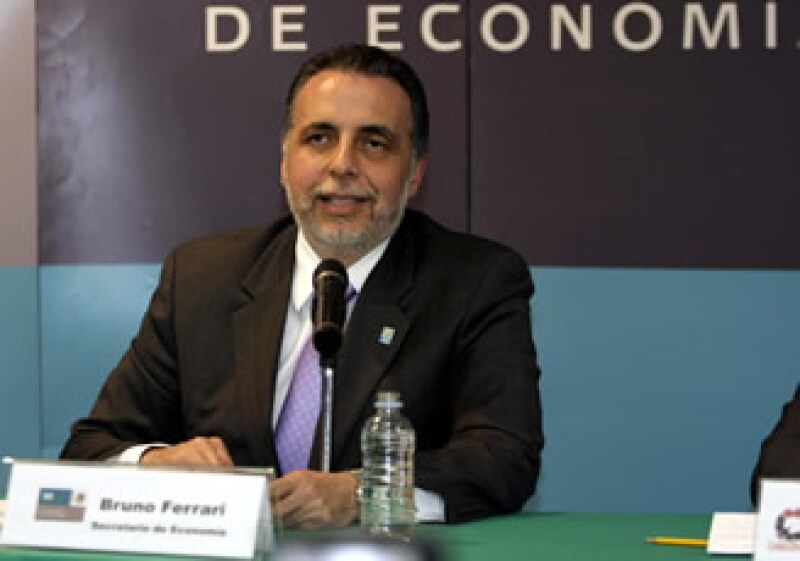 Los pronósticos de crecimiento económico van de 3.8% a 5%, según JP Morgan o Banamex, comentó Ferrari. (Foto: Notimex)