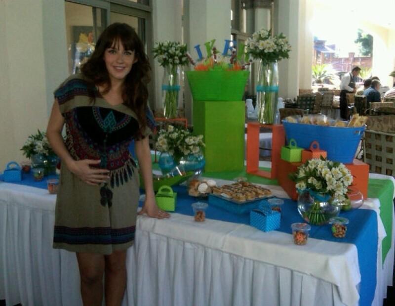 Jimena Perez, conductora del programa Ventaneando, dará a luz a un niño.