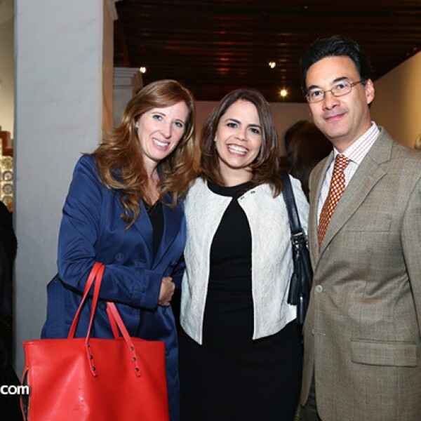 Sofía Izr, Priscila Femat y Adolfo Alaniz