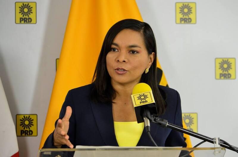 La secretaria general del PRD, Beatriz Mojica, acusó que las autoridades no han actuado a pesar de que han presentado más de 40 denuncias por delitos electorales.