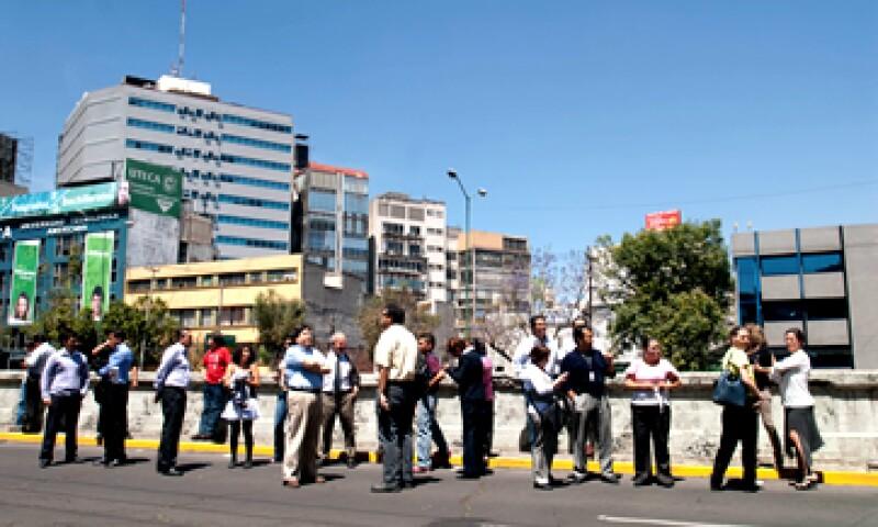 Un fuerte sismo de 7.8 grados Richter se registró en la Ciudad de México y sorprendió a los habitantes de esta ciudad. (Foto: Notimex)