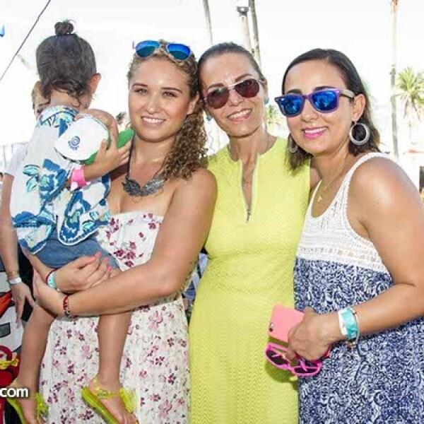 Rocío Santana Solis, Jill Palau y Rocío Salas Palau