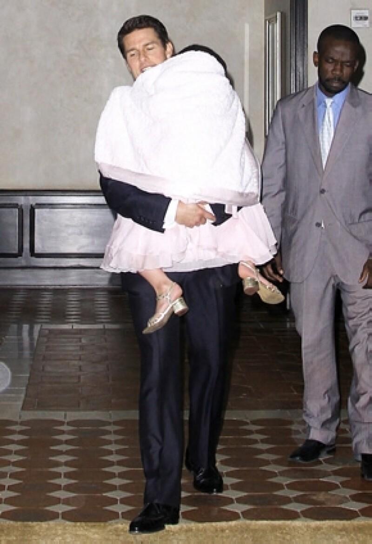 Luego de que Katie Holmes presentara la demanda de divorcio, los abogados de la actriz no permiten que él vea a su hija.