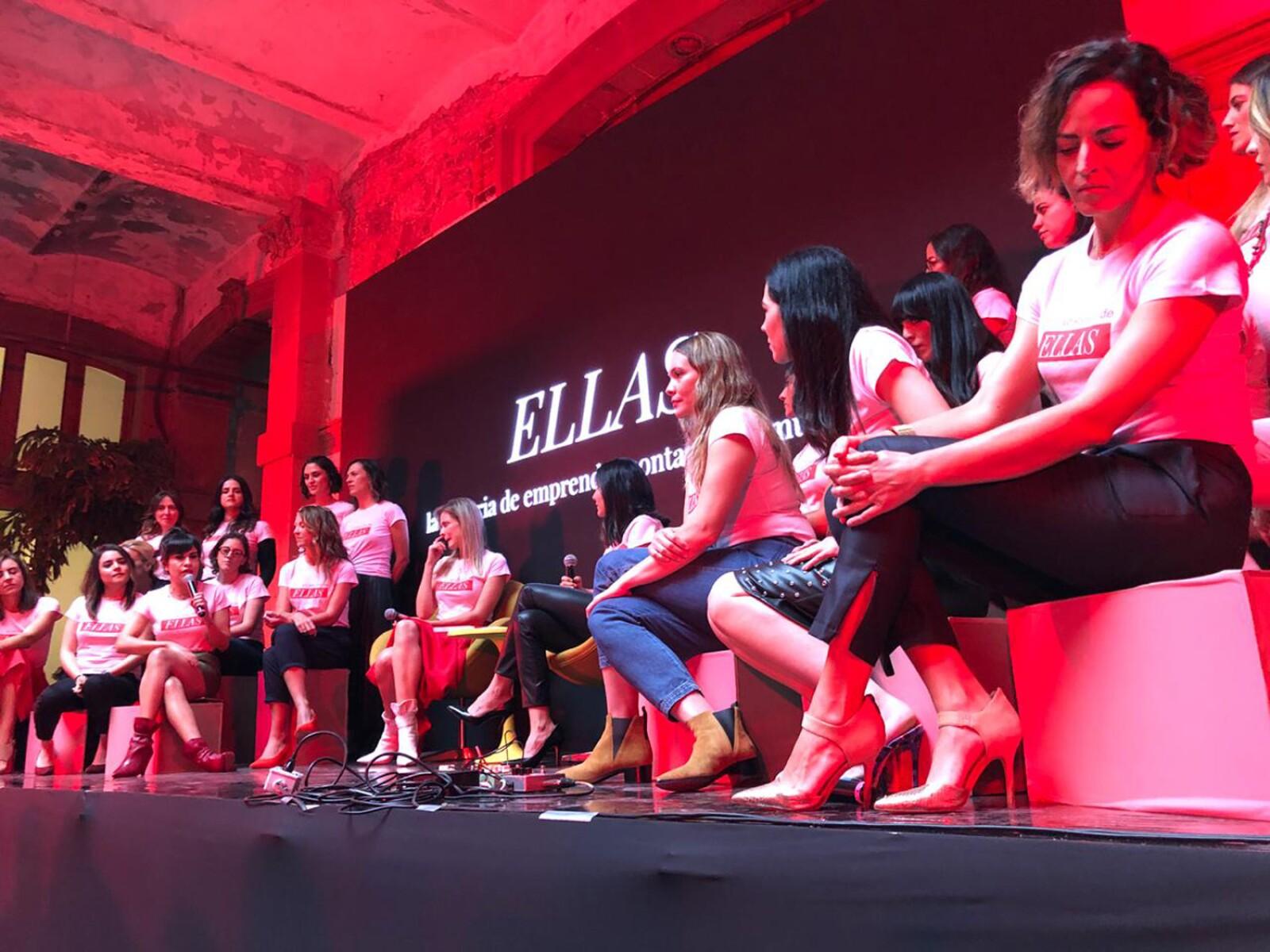 presentación del libro ELLAS.jpg