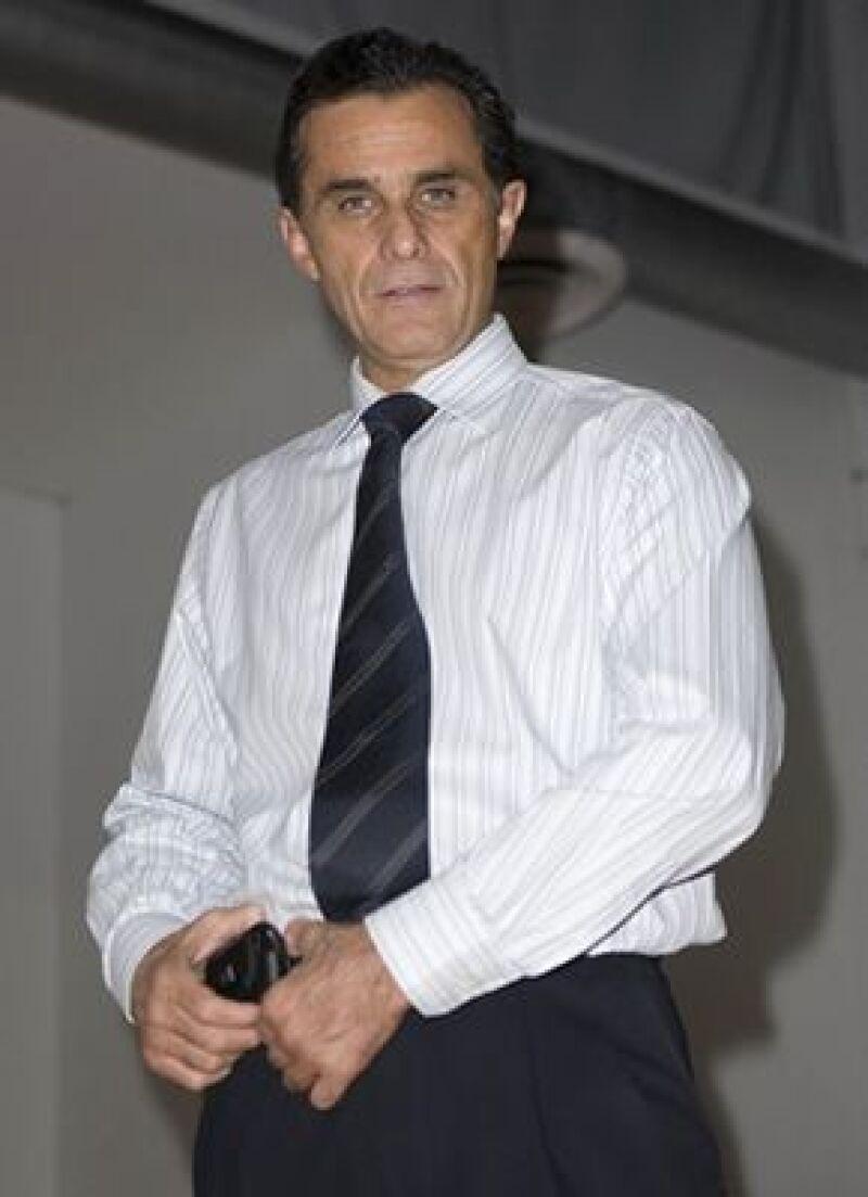 El actor mexicano quiere compartir escenario con Sebastián, su hijo mayor, el próximo año.