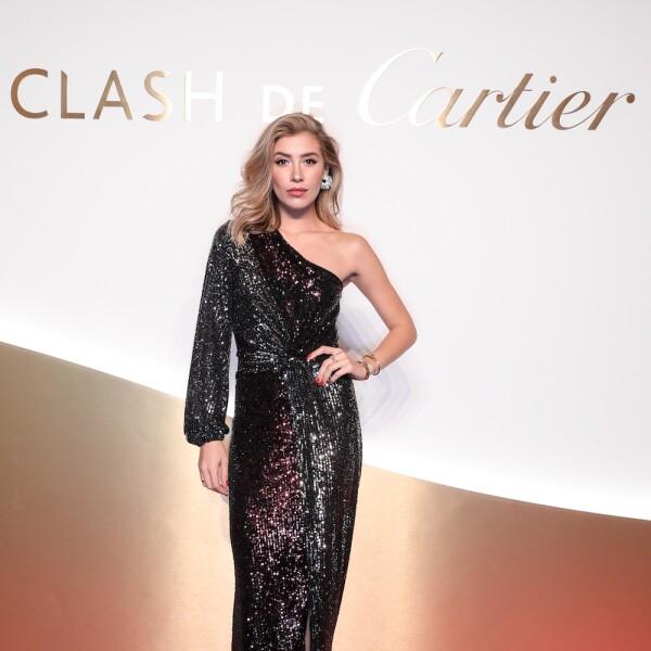 La guapa Michelle Salas en un vestido de un hombro de la marca Iorane World