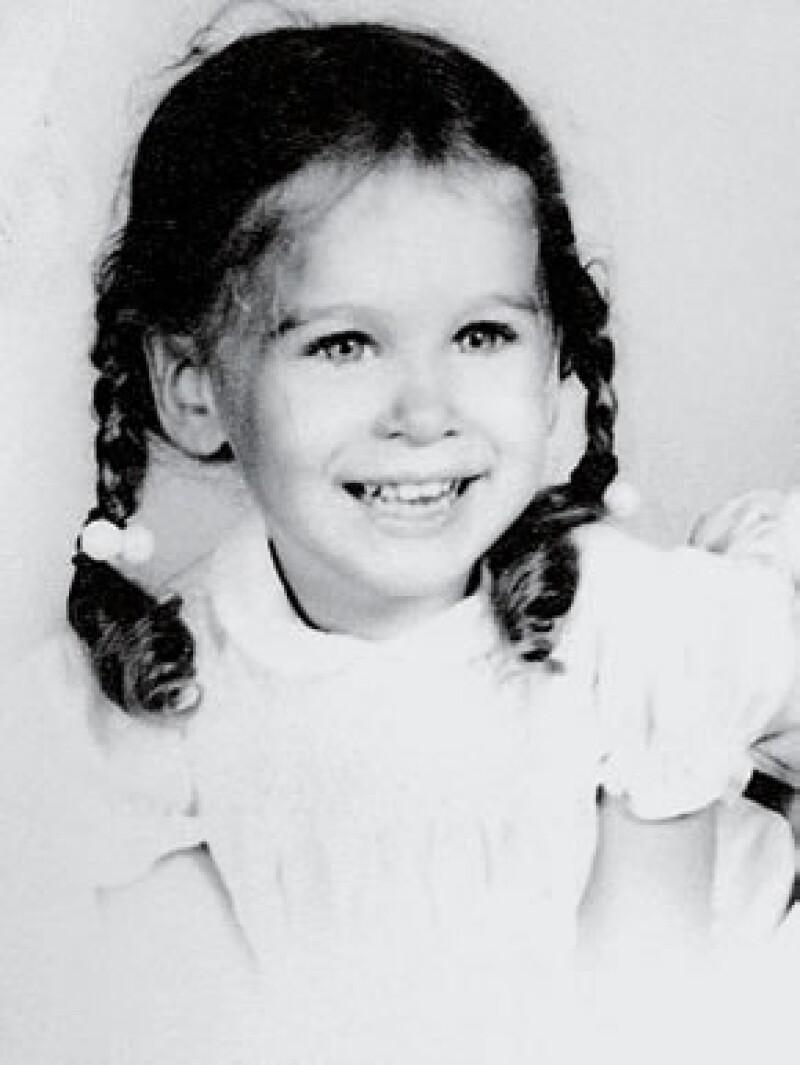 Además de ser una grandiosa actriz Sarah Jessica Parker   se ha convertido mundialmente en un icono de la moda para mujeres de todas las edades y hoy celebramos su cumpleaños 49.