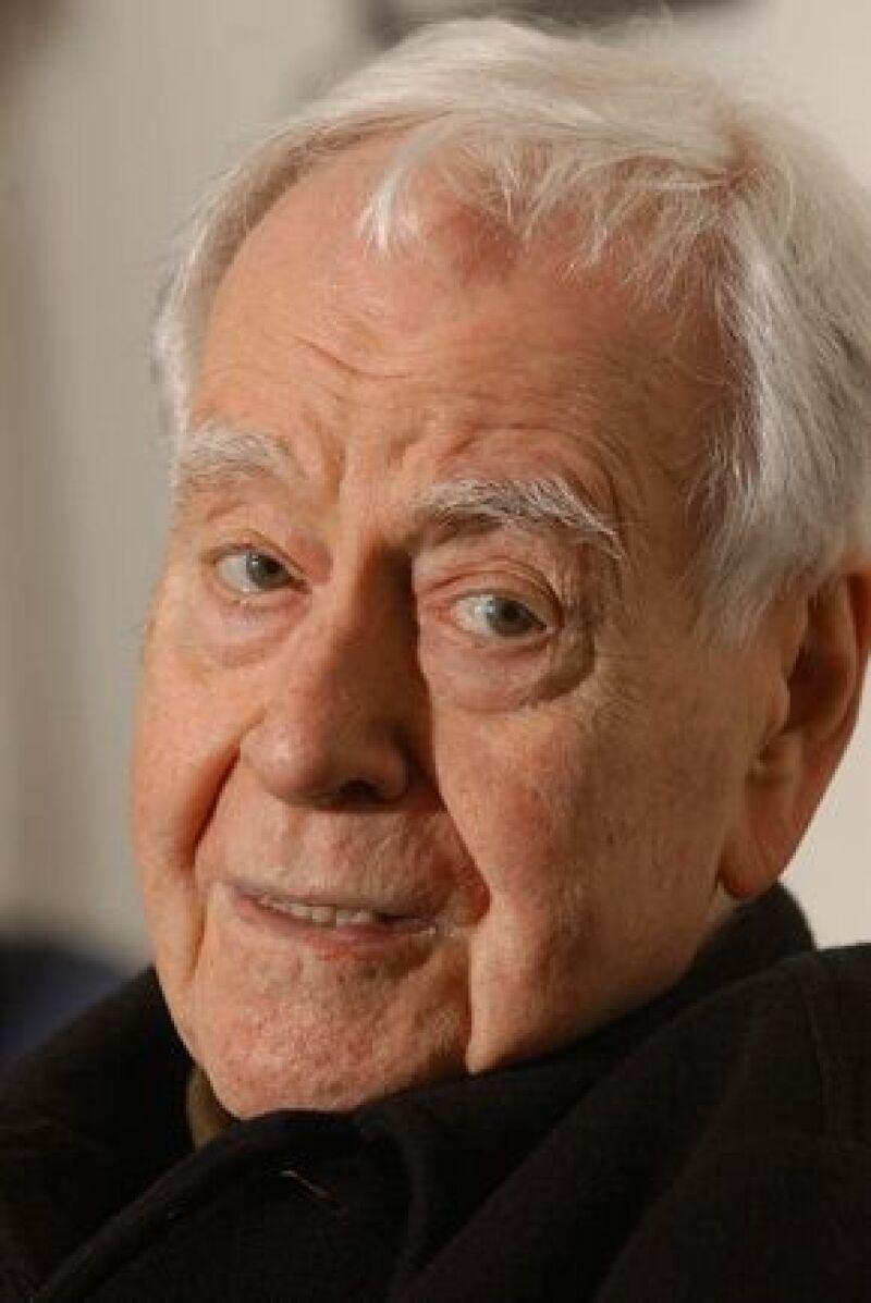 La carrera de dramaturgo y guionista abarcó más de medio siglo y le redituó dos premios de la Academia de Artes y Ciencias cinematográficas, así como el Pullitzer de 1995.