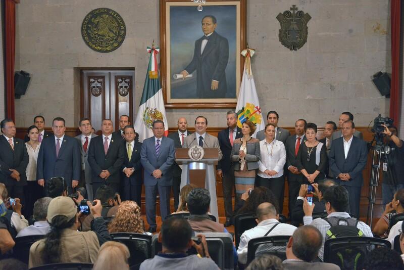 Javier Duarte hizo un llamado a todo su equipo para intensificar el trabajo hasta el último día de su administración.