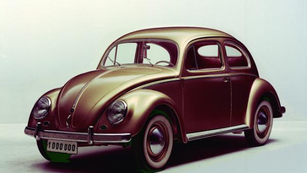 En 1987 el 'Vocho' baj� de precio y fue decretado como el auto popular de M�xico