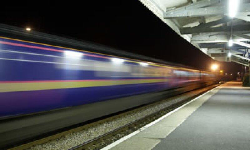 Contempla un presupuesto de 2,016.3 millones de pesos para iniciar la construcción de tres rutas de tren. (Foto: Getty Images)