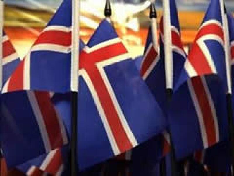 Islandia tuvo que pedir un paquete de rescate al FMI por un valor de 10,000 millones de dólares. (Foto: Reuters)