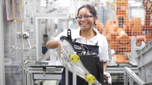 En algunas plantas de autopartes entre 50% y 60% de la mano de obra es femenina
