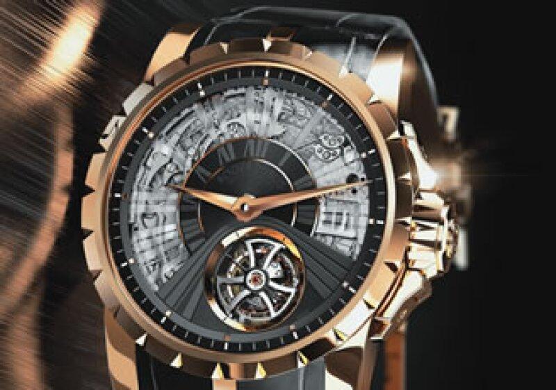 Este reloj Excalibur viene en una caja de oro rosa, una de las expresiones más delicadas y cotizadas en el mundo de la alta relojería: la repetición de minutos.(Foto: Cortesía ROGER DUBUIS)