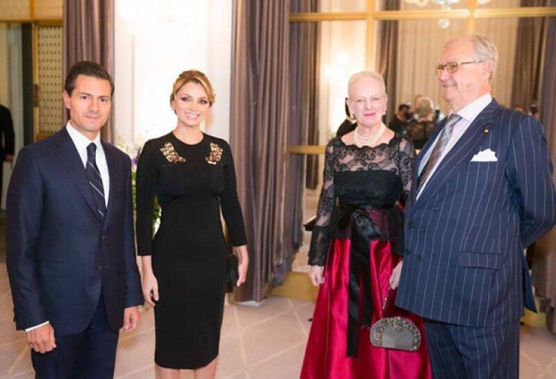 El presidente y su esposa se reunieron con la reina Margarita II de Dinamarca y el príncipe consorte Henrik.