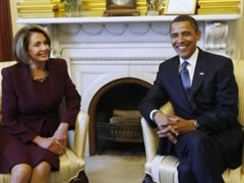 Nancy Pelosi, presidenta de la Cámara de Representantes, se reunió este lunes con Barack Obama.  (Foto: AP)