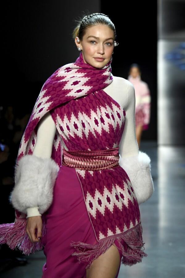 Prabal Gurung - Runway - February 2018 - New York Fashion Week: The Shows