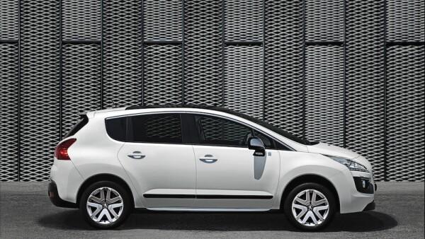La compañía tiene desde 2017 una fuerte oferta por vehículos SUV como su modelo 3008. Este segmento actualmente constituye una cuarta parte de las ventas totales de la marca en México.
