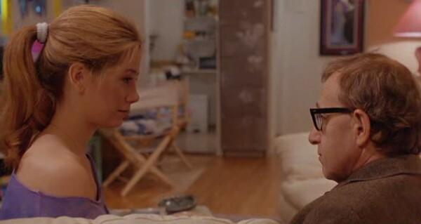Mira Sorvino como Linda y Woody Allen como Lenny